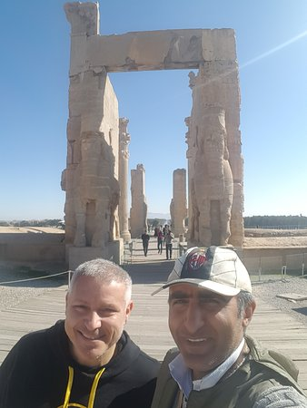 #gate_all_countries and nice friend from Italy 