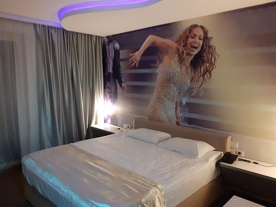slept with J-lo :-)