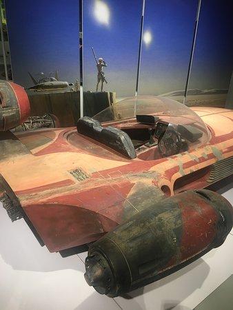 Skip the Line: Petersen Automotive Museum General Admission Ticket: Star wars land speeder