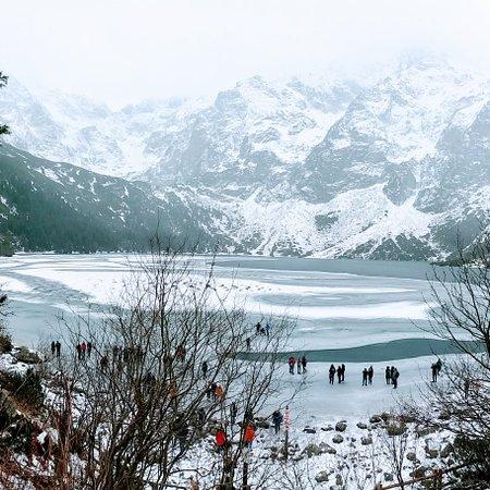 Morskie Oko in Winter