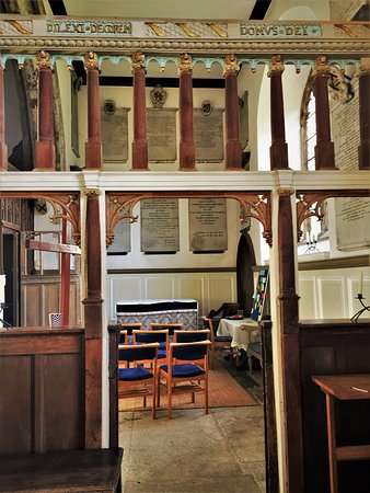 9.  The Dering Chapel in Pluckley Church