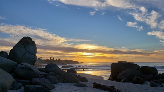 Praia linda e bem frequentada