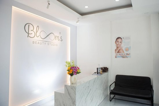 Blooms Beauty Studio