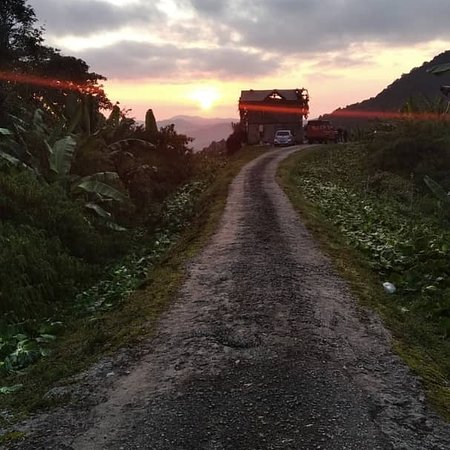 Cameron Highlands, Malajsie: Sunrise with us...