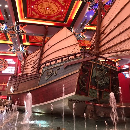 This ship is the one of the best places to visit in this mall...