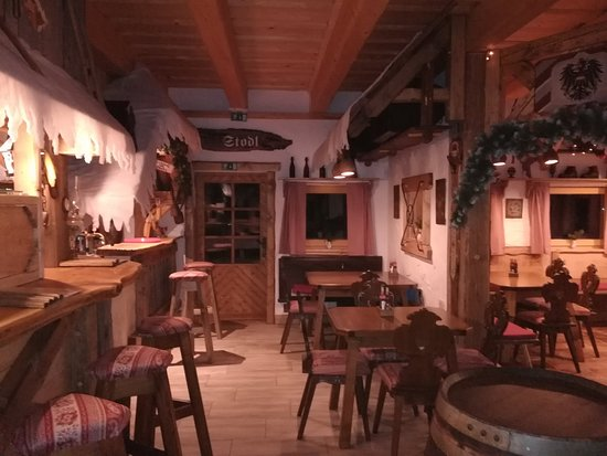 Sankt Jakob im Rosental, Austria: Super Pizzeria, osebje prijazno, pice fantastične.