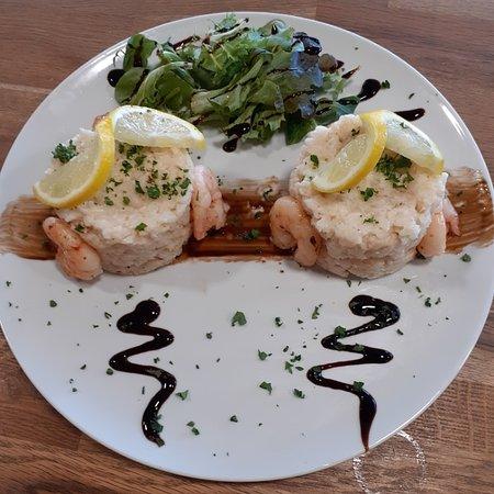 Plat du jour 9.90 € Risotto aux crevettes et au safran Menu cafe et dessert 13.90 €