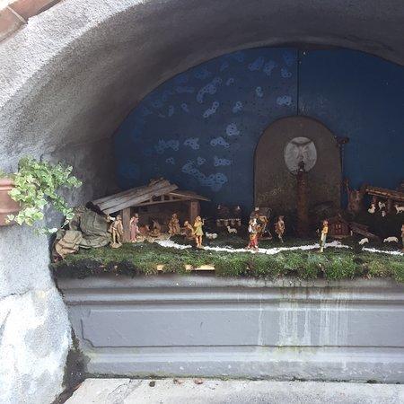 Postua, Italia: Posto davvero bello e caratteristico e particolare presepi in ogni casa davvero carini e belli consigliato
