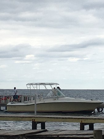 Roatan Anglers - Fishing Day Charters