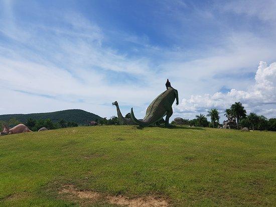 dinosaurus kam se podíváš