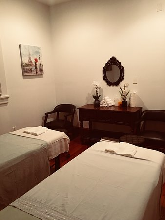 Enjoy a great massage in a nice and clean private room.