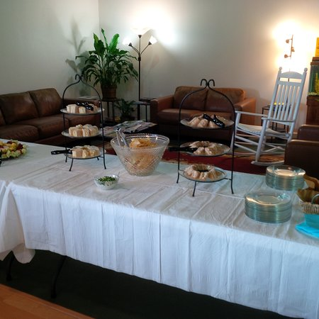 Belpre, OH: Buffet for a private afternoon event.