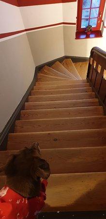 Treppe ohne zweiten Handlauf