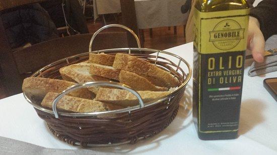 Torrevecchia Teatina, Italië: Pane ed olio