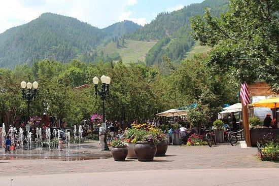 Scorcio di Aspen Tour