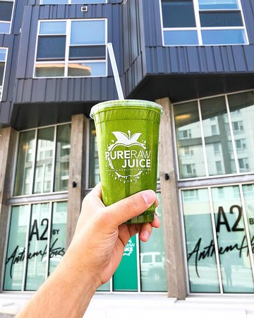 At Pure Raw Juice, we offer a wide variety of plant-based menu items to Fuel Your Healthy Lifestyle! Serving fresh cold-pressed juice blends, made-to-order smoothies, and a delicious assortment of bowls, our goal is to make it easy for everyone to enjoy living a healthy lifestyle!