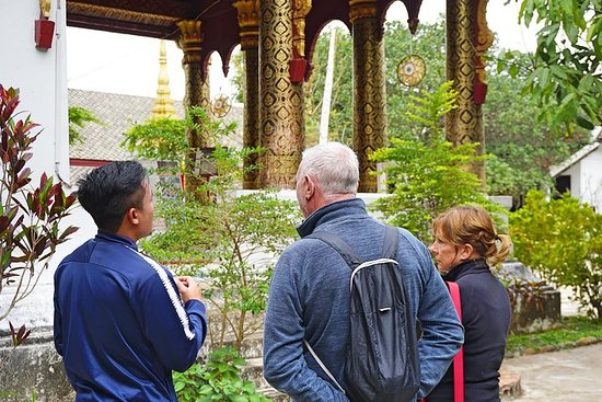 Cultural Temple Tour & Guided ...