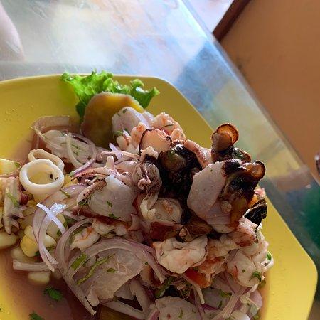 Muy Rico y la langosta estuvo muy deliciosa .. el ceviche fresco y en su punto