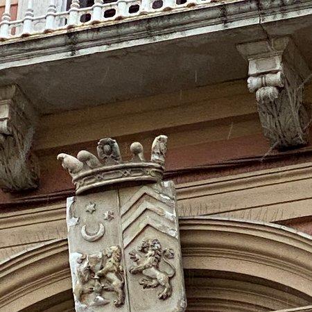 Palazzo Ruggero De Leone