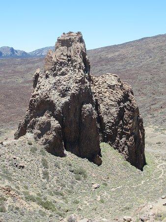 Les Roques : la cathédrale