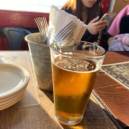 Rica cerveza excelente vista!!