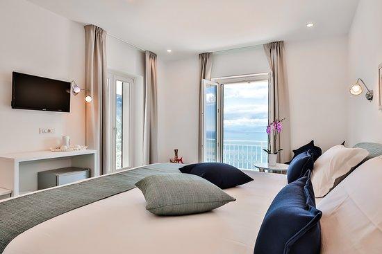 Romantic suite Zaffiro