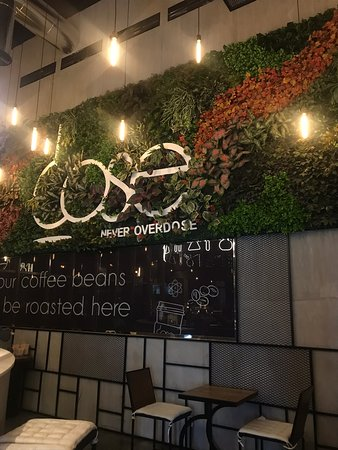 Salmabad, Бахрейн: Dose Cafe
