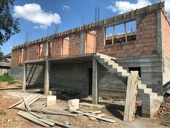 Bihor County, Romania: Under construction!