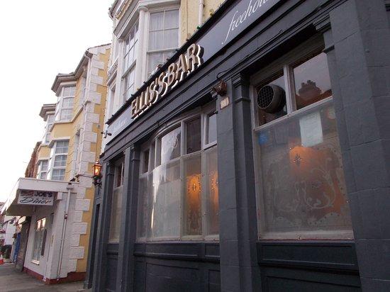 Ellis's Bar