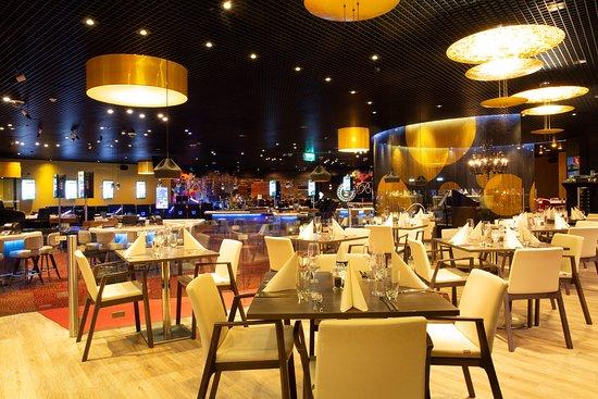 Казино ресторан рояль песни из физрука слушать казино