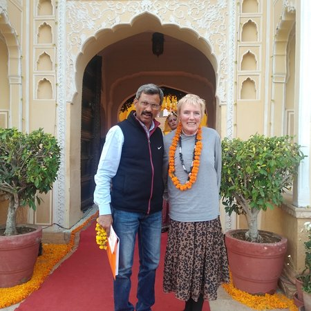 Mrs Andree Raymont and me were welcomed at Samode Palace near Jaipur on Nov 26