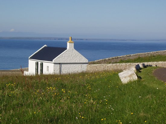 Caithness and Sutherland, UK: Lonely northern cottage