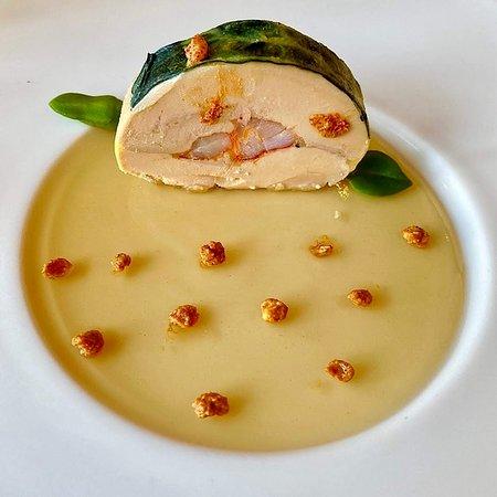 Cabestan: Foie gras de Canard mi-cuit au homard