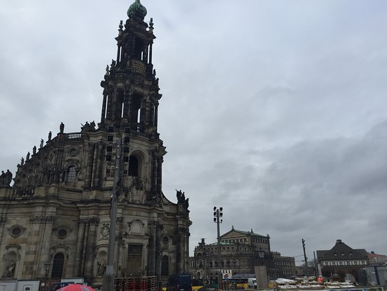 Dresden Walking Tour of the Historic Old Town with English Speaking Guide: catholic church