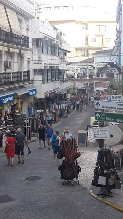 Shopping auf der Calle San Miguel  in Torremolinos