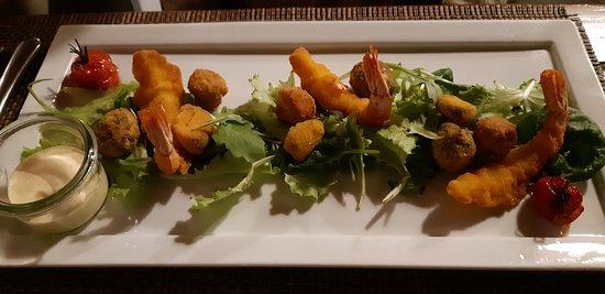 Fritto di pesce con maionese aromatizzata