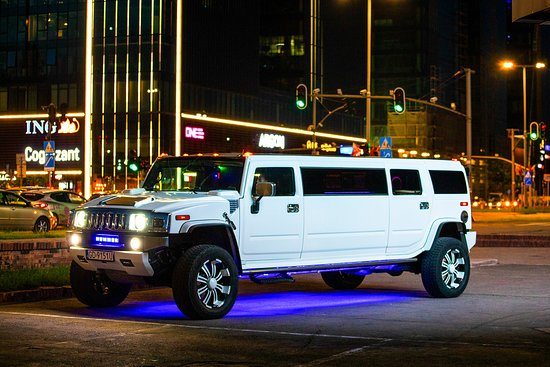 Maxi Taxi Gdansk Airport Limousine HUMMER H2