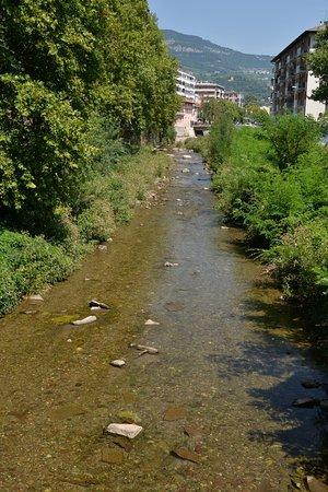 Trento, Italia: Město věnuje vodě ve městě náležitou péči