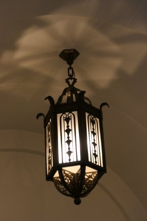 Charleroi, Town Hall, lighting fixture