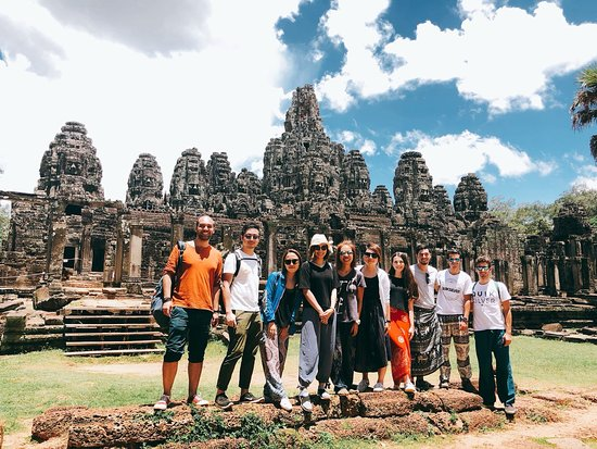 Angkor Buddy Tour