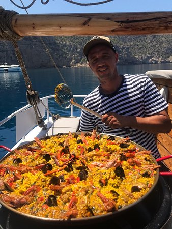 Ibiza, España: On board paella lunch... made with love by our uniformed crew. Using only locally sourced produce
