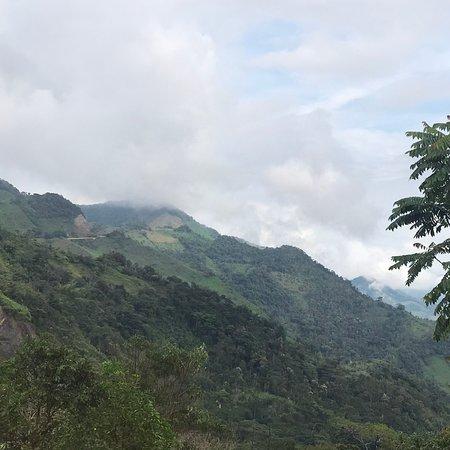 Otanche, Colombia: Vista desde las habitaciones del Hotel del Minero.
