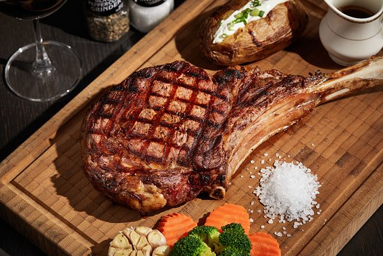 El Toro: Tomahawk Steak