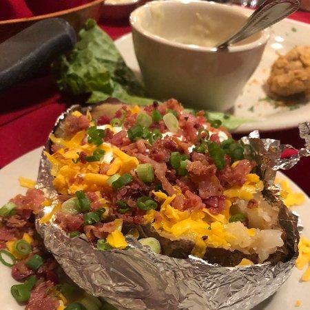 The Barn Door San Antonio Uptown Broadway Restaurant Reviews Photos Phone Number Tripadvisor