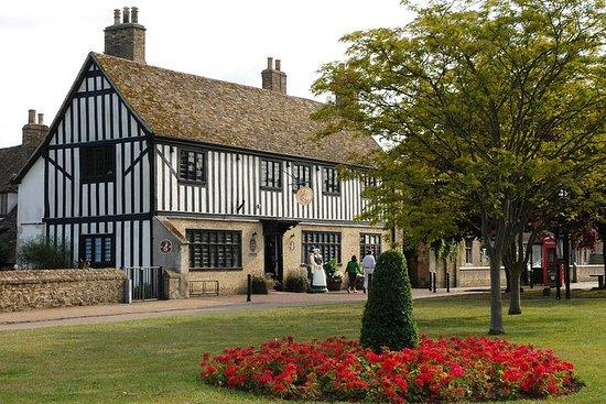 Saltafila: ingresso al biglietto della casa di Oliver Cromwell