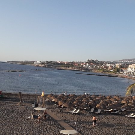 Costa Adeje, Espanja: New Year Eve afternoon coastal walk back