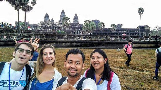 Angkor Infinite Tour
