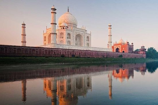 Taj Mahal Tour Av Gatimaan express
