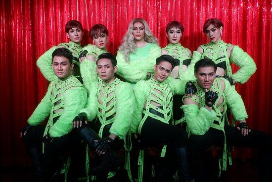 6ixcret Show