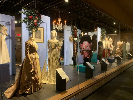 Skip the Line: Cleveland History Center Admission Ticket: Chisholm Halle Costume Wing.